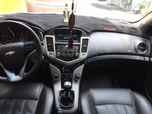 Cần bán xe Chevrolet Cruze 2016, số sàn, màu trắng, xe cọp, nhà trùm mền rất ít sử dụng-3