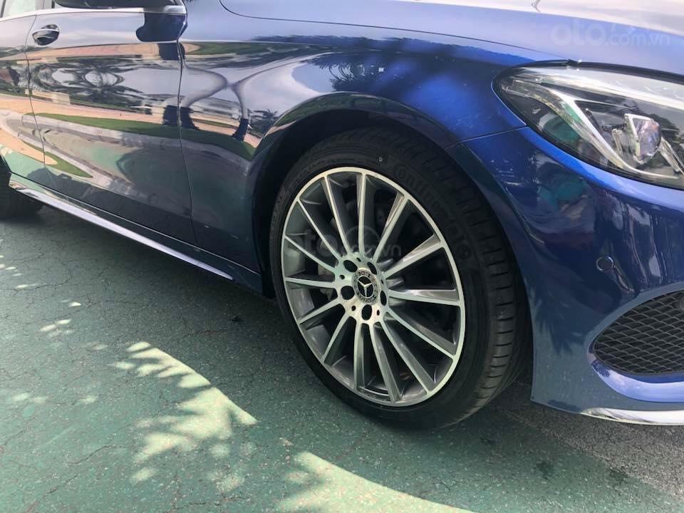 Bán Mercedes C300 sx 2018 số tự động 9 cấp, màu xanh đại dương-2