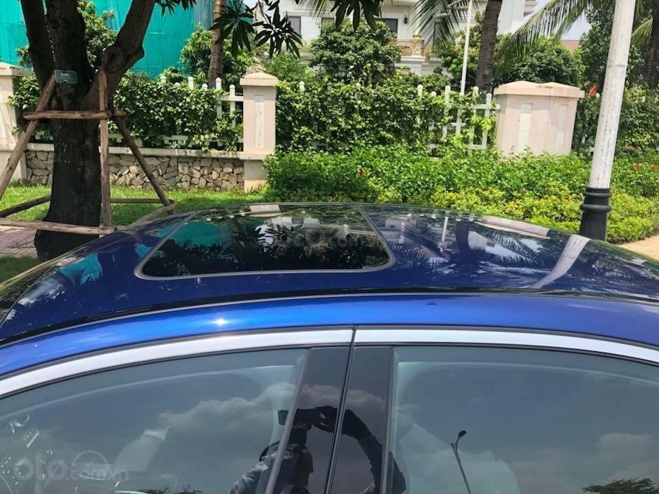 Bán Mercedes C300 sx 2018 số tự động 9 cấp, màu xanh đại dương-3