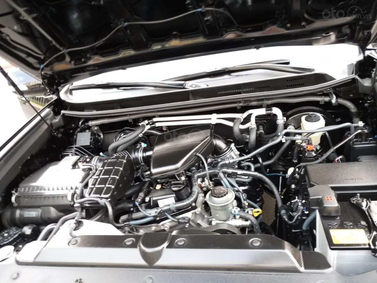 Toyota Prado TXL model 2017, màu đen, nhập khẩu, mới 99,9% như xe thùng, giá chỉ 2 tỷ 30 triệu-5