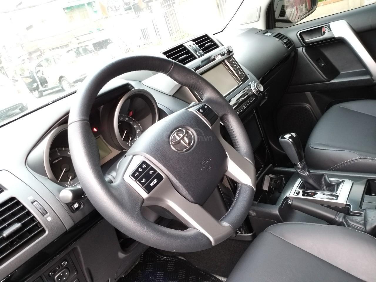 Toyota Prado TXL model 2017, màu đen, nhập khẩu, mới 99,9% như xe thùng, giá chỉ 2 tỷ 30 triệu-8