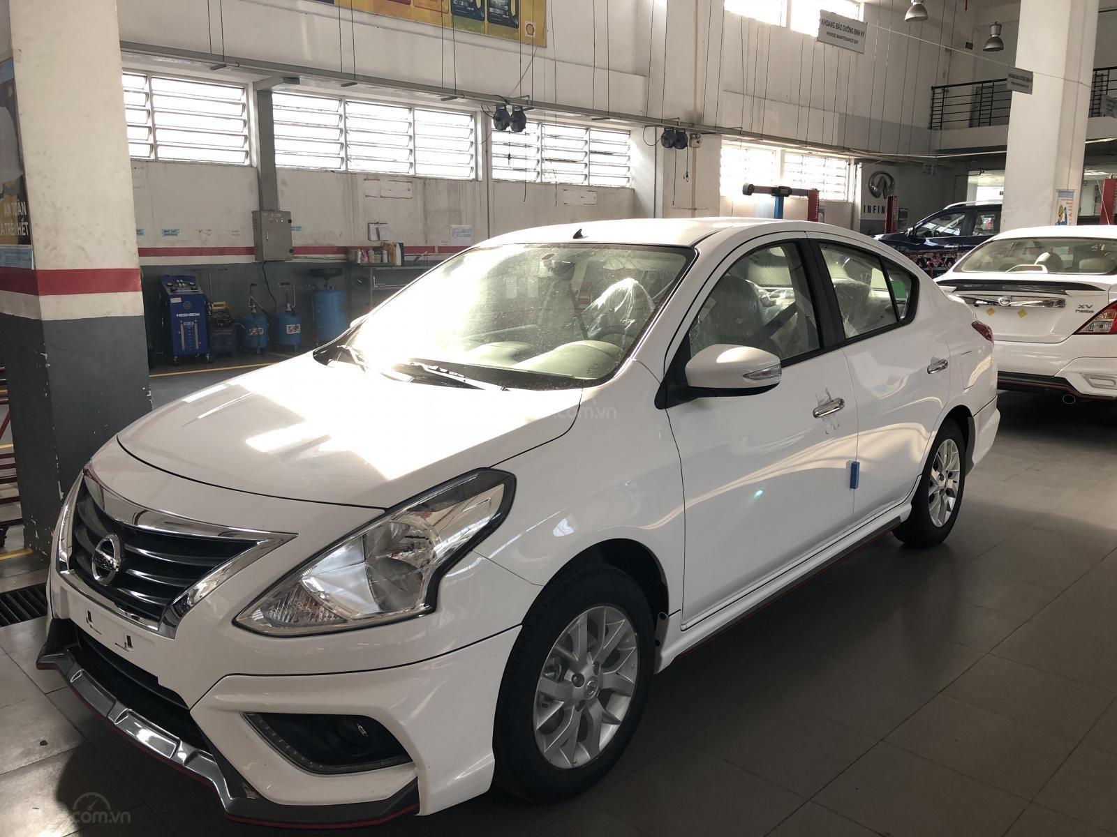 Cần bán xe Nissan Sunny XV-Q Premium sản xuất 2019, CTKM Khủng, giao xe ngay, LH 0938466812-1