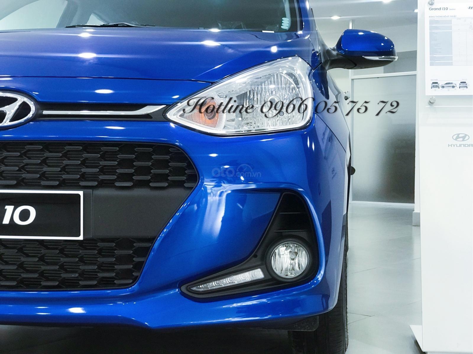 Bán Hyundai i10 1.2 số tự động, màu xanh cực hot - xe giao sớm - nhiều ưu đãi cực hot-1