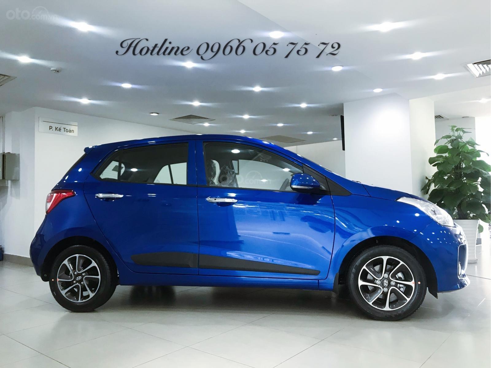 Bán Hyundai i10 1.2 số tự động, màu xanh cực hot - xe giao sớm - nhiều ưu đãi cực hot-2