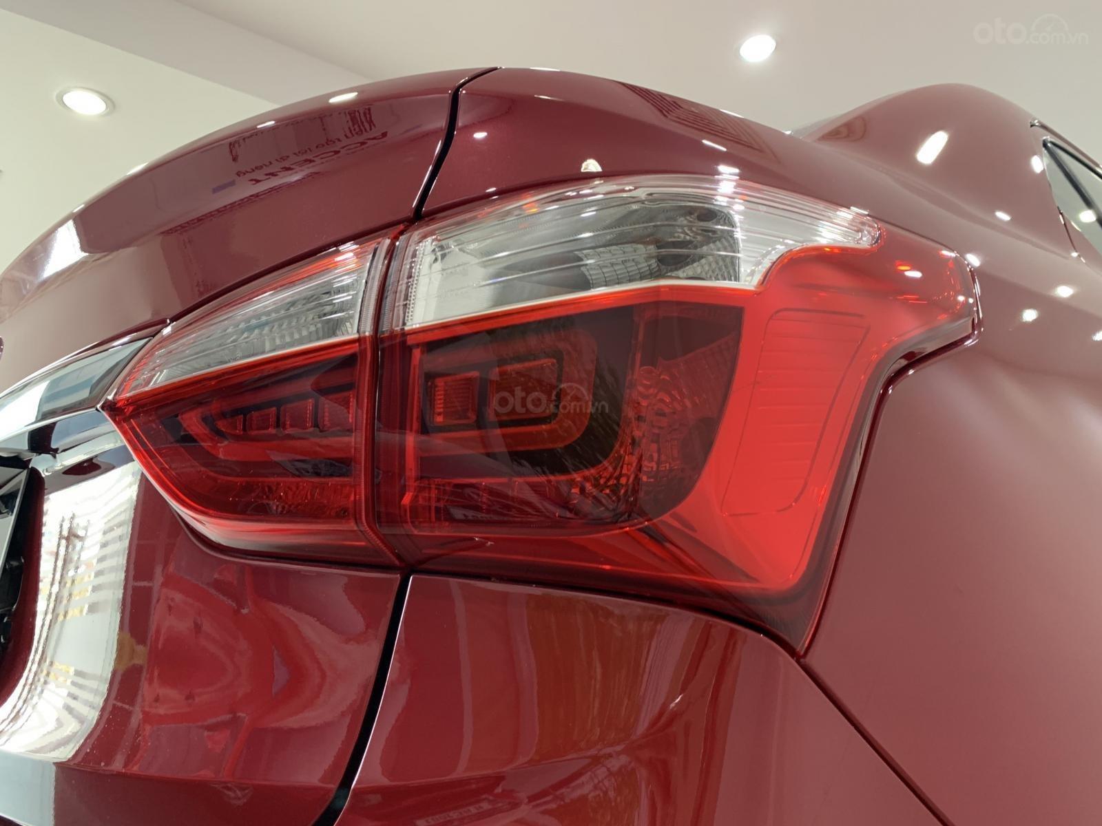 Bán Hyundai Grand I10 Sedan MT đỏ giao ngay, hỗ trợ đăng kí Grab, lấy xe chỉ với 130tr, LH 0977139312 (5)