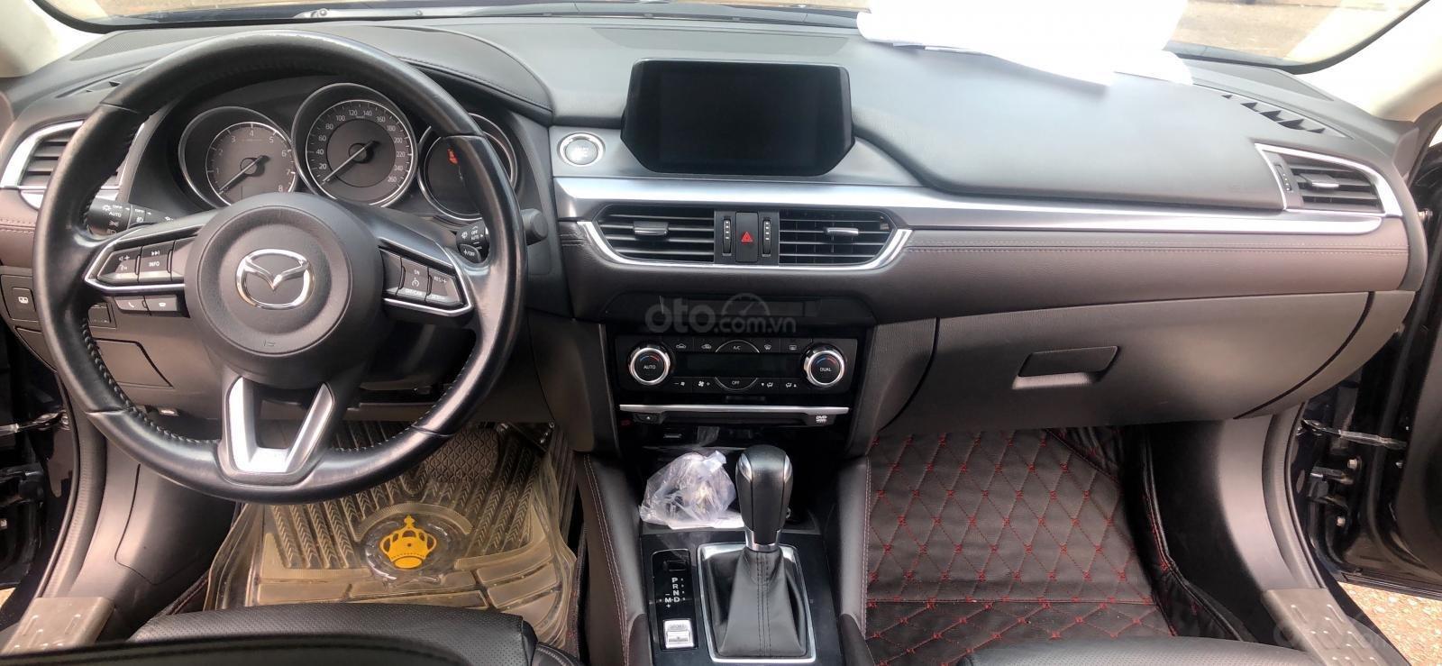 Bán xe Mazda 6 2.0 2017 Premium xanh đen, đi 11K km-1