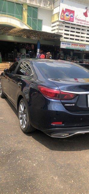 Bán xe Mazda 6 2.0 2017 Premium xanh đen, đi 11K km-6