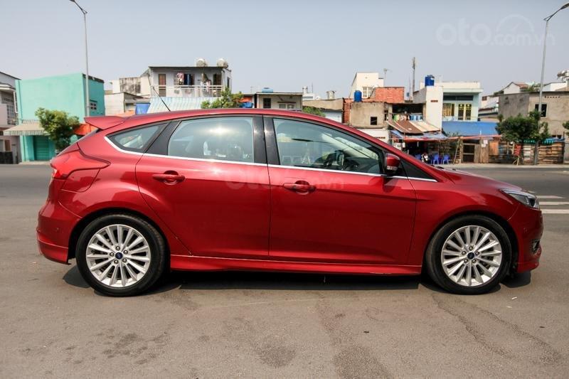 Bán Ford Focus mới khuyến mại khủng có sẵn giao xe ngay-1
