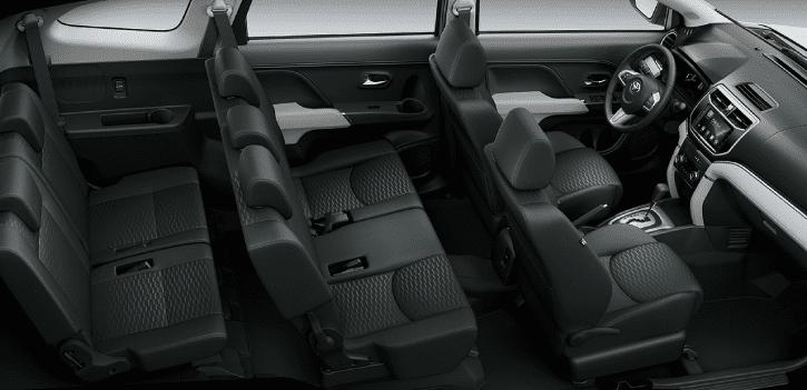 Khoang nội thất rộng rãi của Toyota Rush 2019