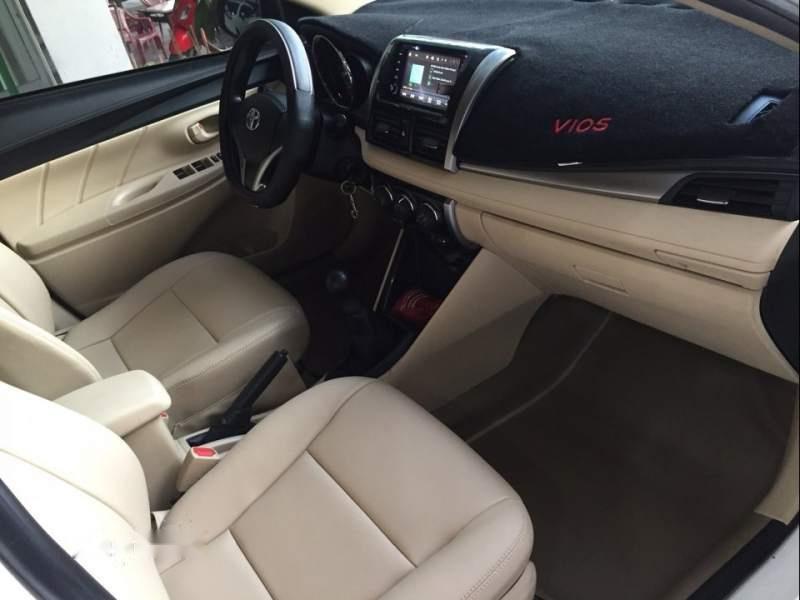 Bán Toyota Vios E năm sản xuất 2017, màu trắng như mới-3