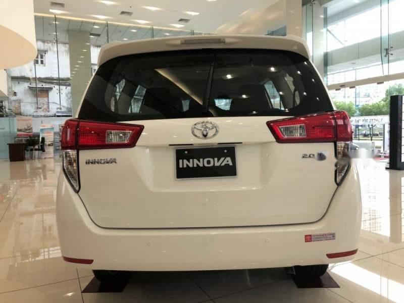 Bán Toyota Innova sản xuất năm 2019, màu xám, 730 triệu-1