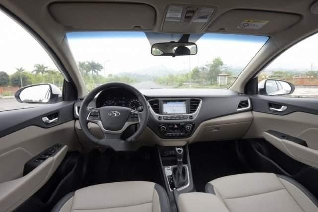 Cần bán xe Hyundai Accent MT 2019, nhập khẩu (4)