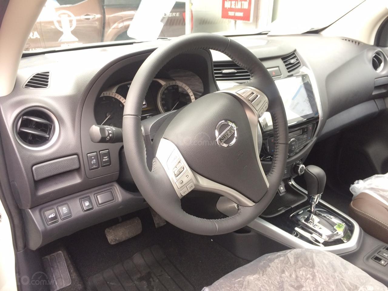 Cần bán Nissan Terra V 2.5 AT 4 WD sản xuất 2019, CTKM hấp dẫn, giao xe ngày, LH 0938466812-4