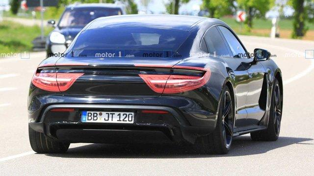 Xe thuần điện Porsche Taycan 2020 hé lộ hình ảnh nội thất a2