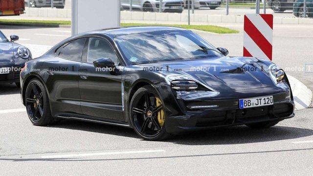 Xe thuần điện Porsche Taycan 2020 hé lộ hình ảnh nội thất a6