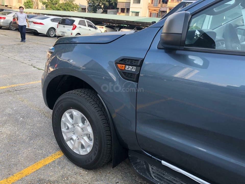 Ford Ranger XLS về giao ngay trong tháng-1
