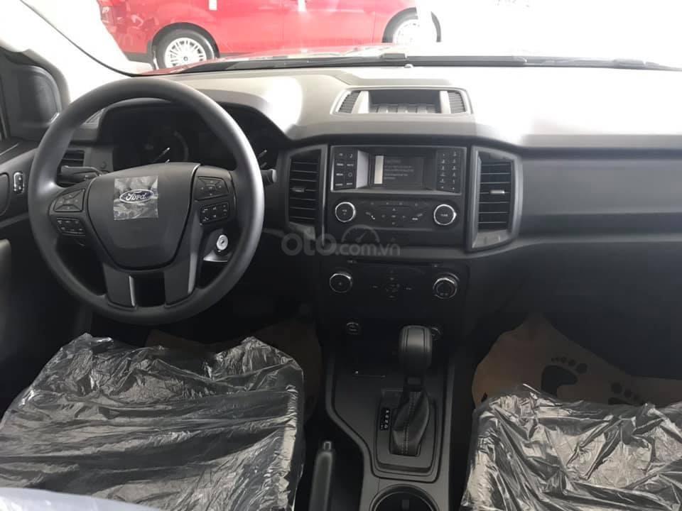 Ford Ranger XLS về giao ngay trong tháng-3