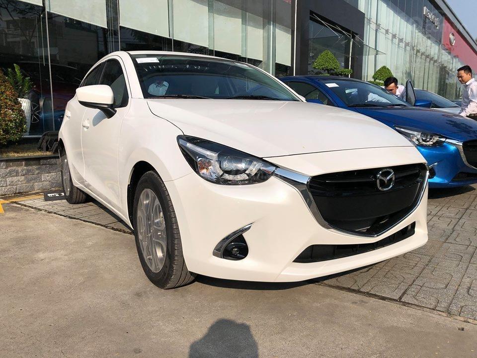Mazda 2 nhập Thái 100% - Quà tặng hấp dẫn tháng 05 - giao xe tận nhà - LH 0975599318 giá tốt nhất HCM-0