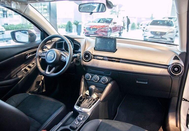 Mazda 2 nhập Thái 100% - Quà tặng hấp dẫn tháng 05 - giao xe tận nhà - LH 0975599318 giá tốt nhất HCM-1