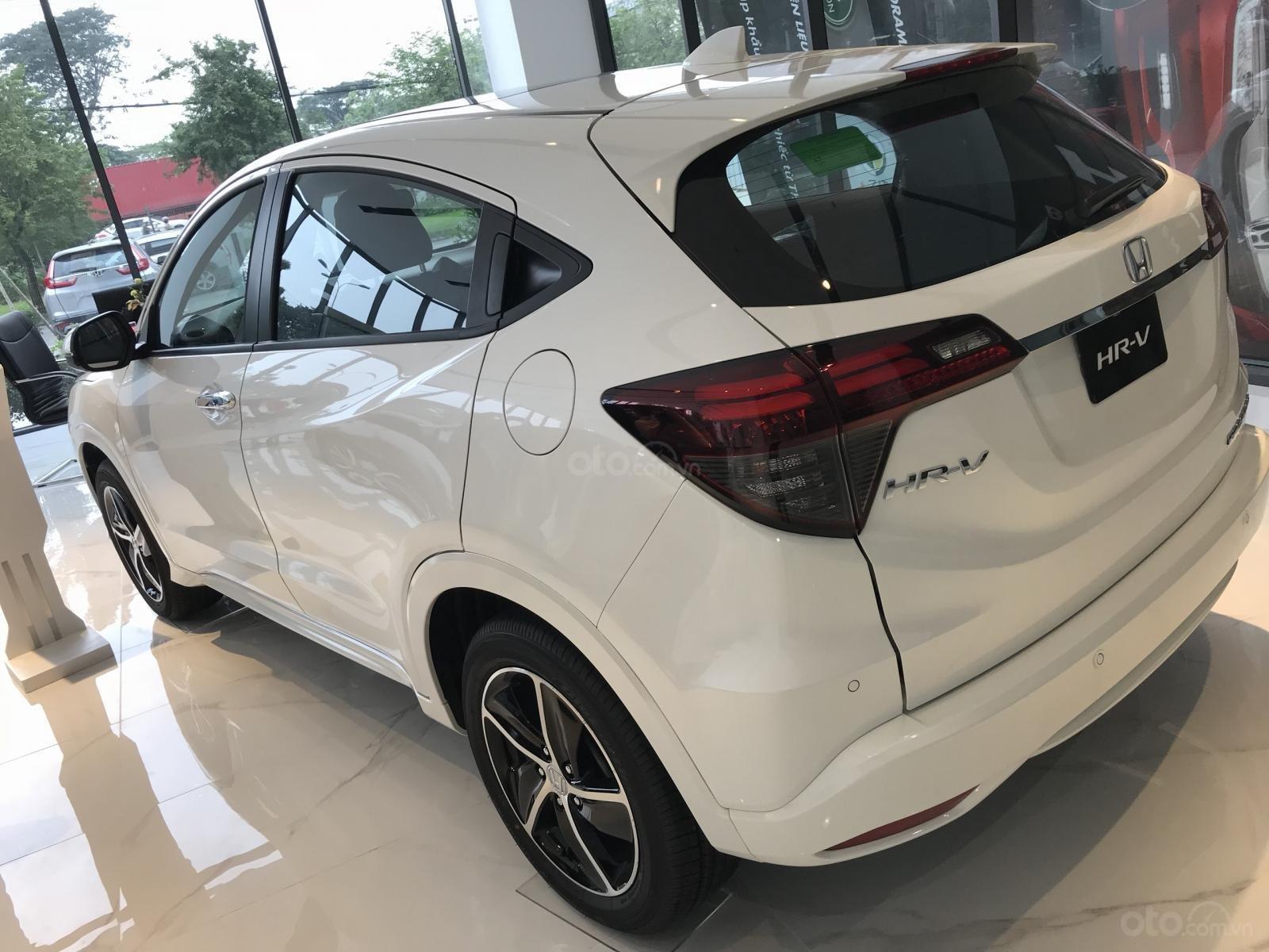 Bán Honda HR-V 2019, đủ màu nhập khẩu giá cạnh tranh chỉ từ 786tr - Thanh toán 225tr lấy xe về nhà, LH 0933.683.056-6