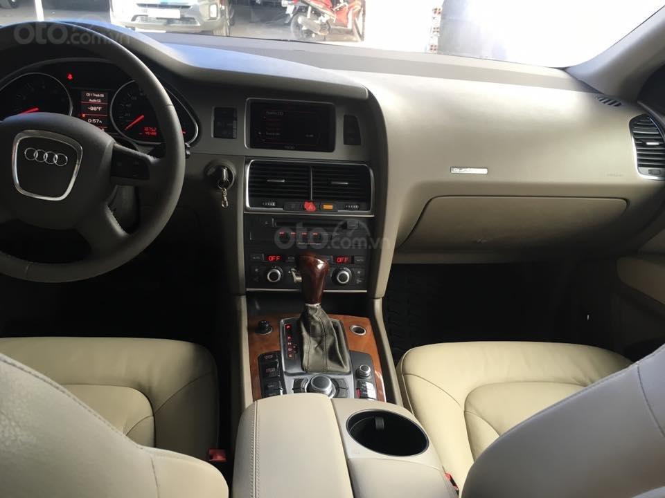 Mình cần bán chiếc Audi Q7 model 2008, màu đen, bản full option, nhập khẩu Đức-2