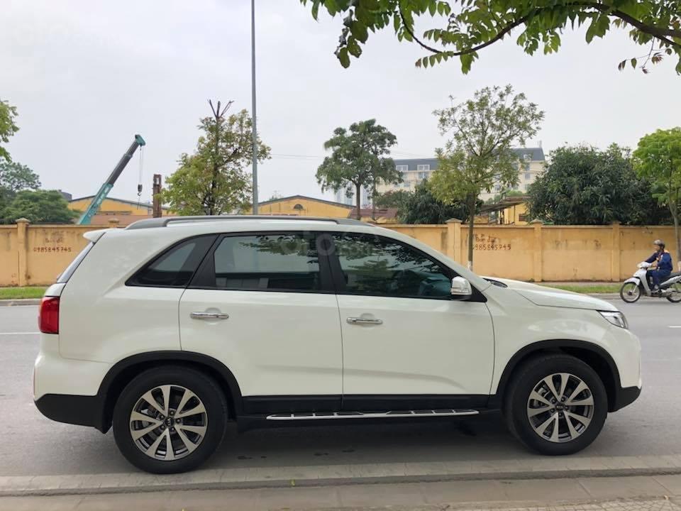 Bán Kia Sorento 2016 màu trắng, tự động, full đầy đủ tiện nghi-2