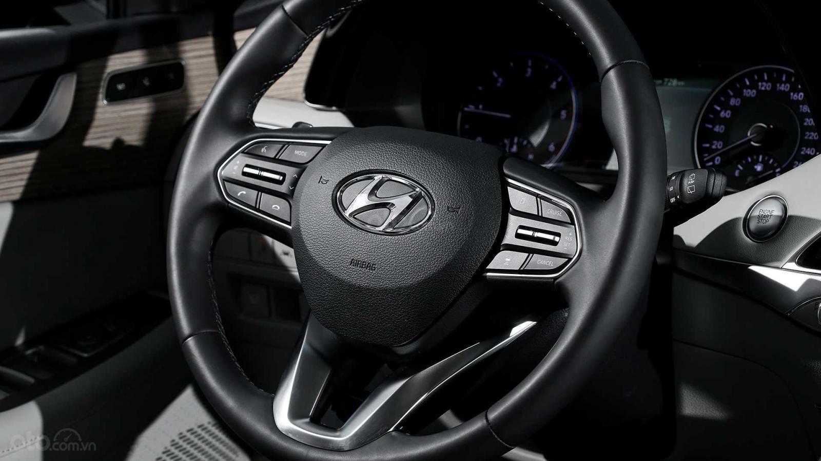 Ảnh chi tiết Hyundai Palisade sắp về Việt Nam bản dành cho thị trường Hàn a13