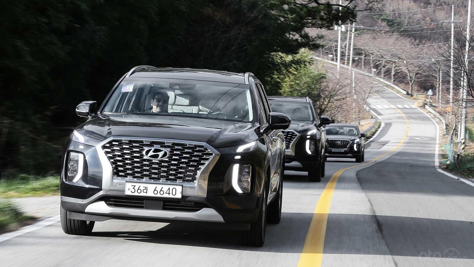Hyundai Palisade sắp về Việt Nam bán chạy thứ 4 tại Hàn Quốc năm 2019...