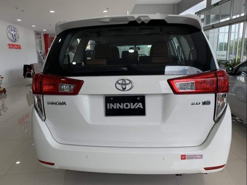 Bán Toyota Innova 2019 hoàn toàn mới-3