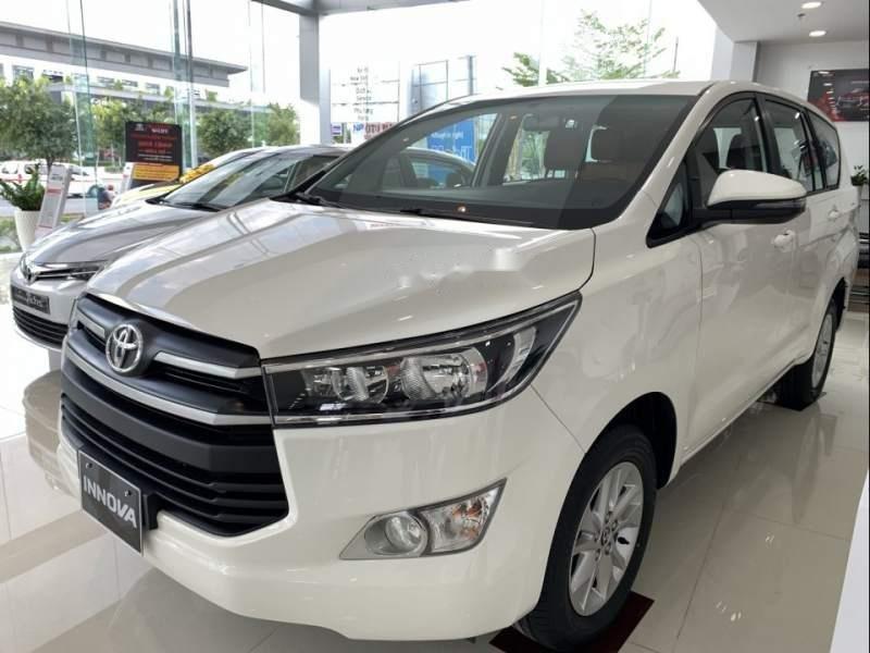 Bán Toyota Innova 2019 hoàn toàn mới-1