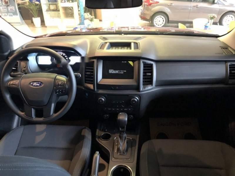 Bán ô tô Ford Everest Ambient đời 2019, màu đỏ, xe nhập, mới 100%-5
