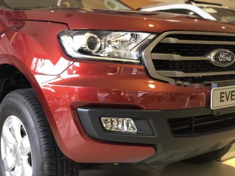 Bán ô tô Ford Everest Ambient đời 2019, màu đỏ, xe nhập, mới 100%-3