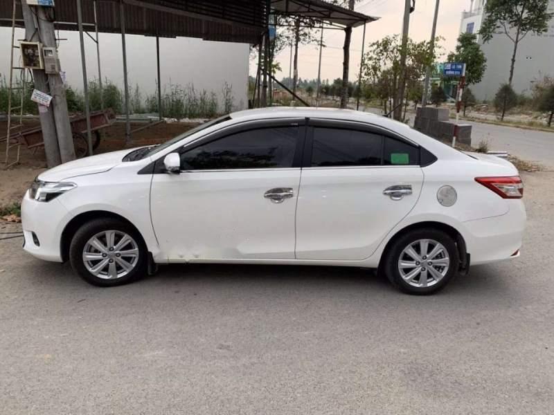 Cần bán gấp Toyota Vios E đời 2017, màu trắng, nhập khẩu xe gia đình-4
