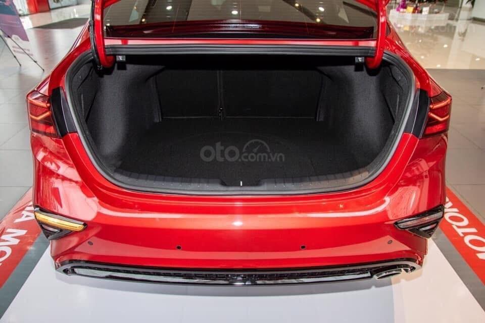 Kia Cerato 2019 giảm ngay tiền mặt, tặng gói bảo dưỡng 20.000km, hỗ trợ 85%, xe có sẵn giao ngay-11