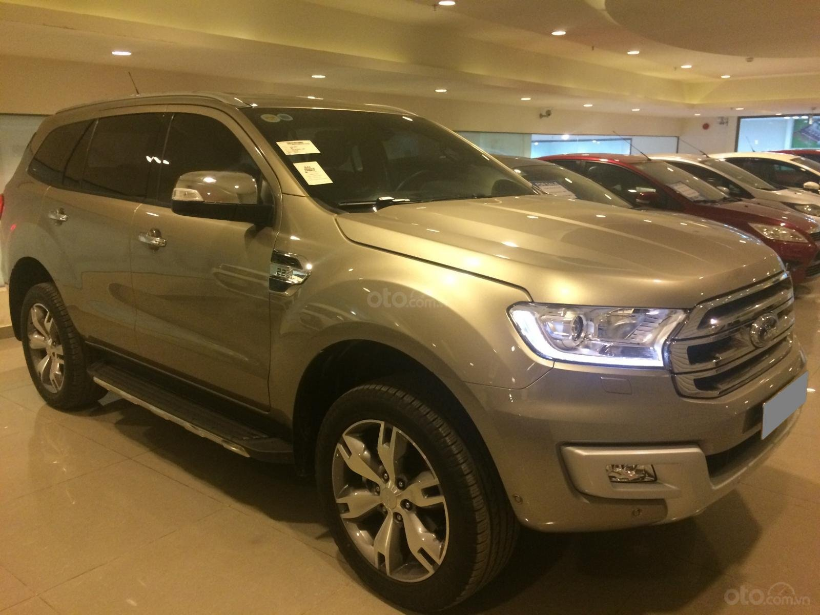 Bán Ford Everest Titanium 2016, xe bán và bảo hành tại Ford, hỗ trợ trả góp-1