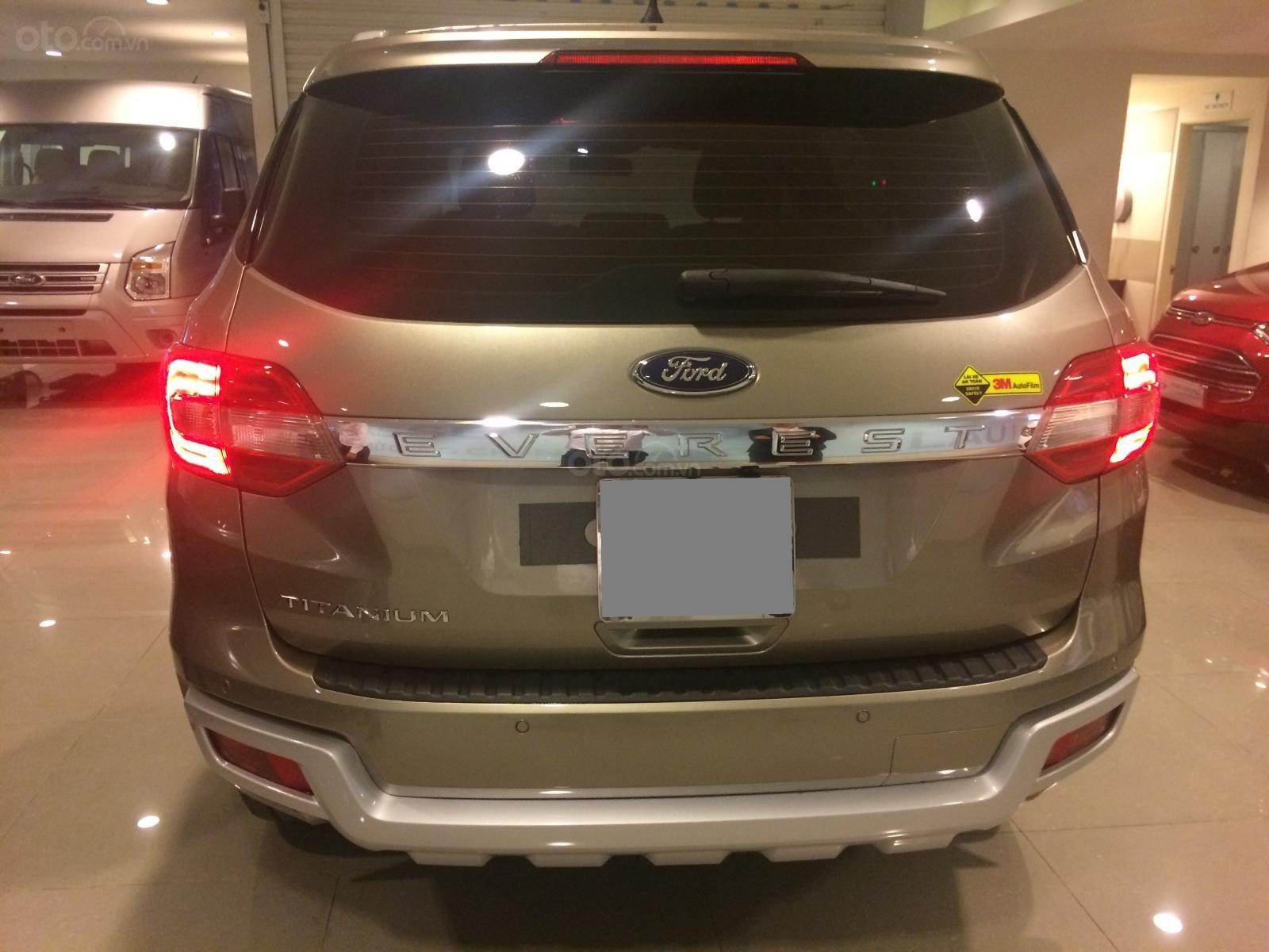 Bán Ford Everest Titanium 2016, xe bán và bảo hành tại Ford, hỗ trợ trả góp-5