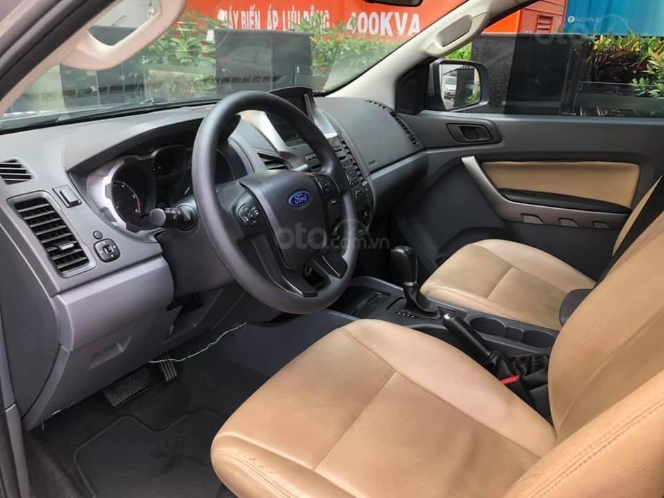Bán xe Ford Ranger XLS AT đời 2016, màu bạc, nhập khẩu nguyên chiếc, giá chỉ 582 triệu-5