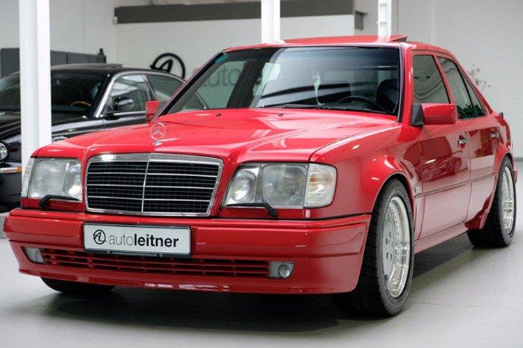Soi Mercedes E60 AMG 500E 1995 cực hiếm có giá 396 triệu đồng a12