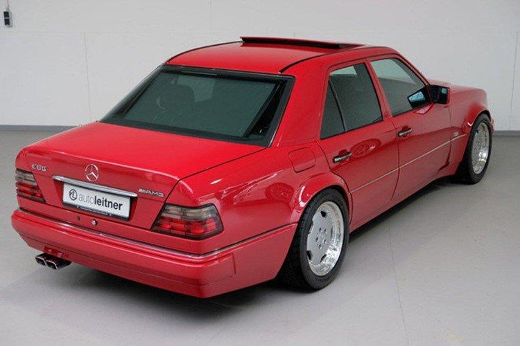 Soi Mercedes E60 AMG 500E 1995 cực hiếm có giá 396 triệu đồng a4