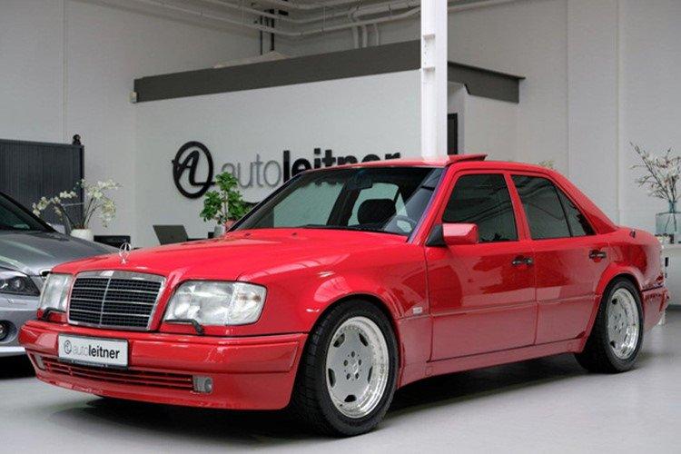 Soi Mercedes E60 AMG 500E 1995 cực hiếm có giá 396 triệu đồng a11