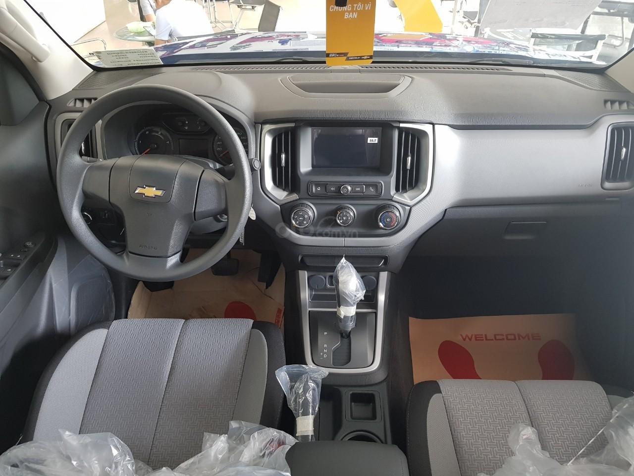 Xe bán tải Chevrolet Colorado MY19, xe nhập, giao ngay, ưu đãi sốc tháng 5-3