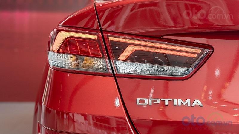 Đèn hậu Kia Optima 2019...