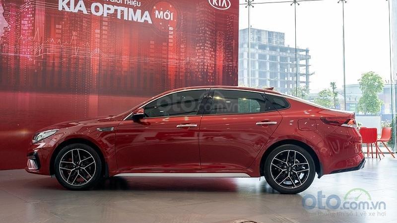 Thiết kế thân xe Kia Optima 2019...