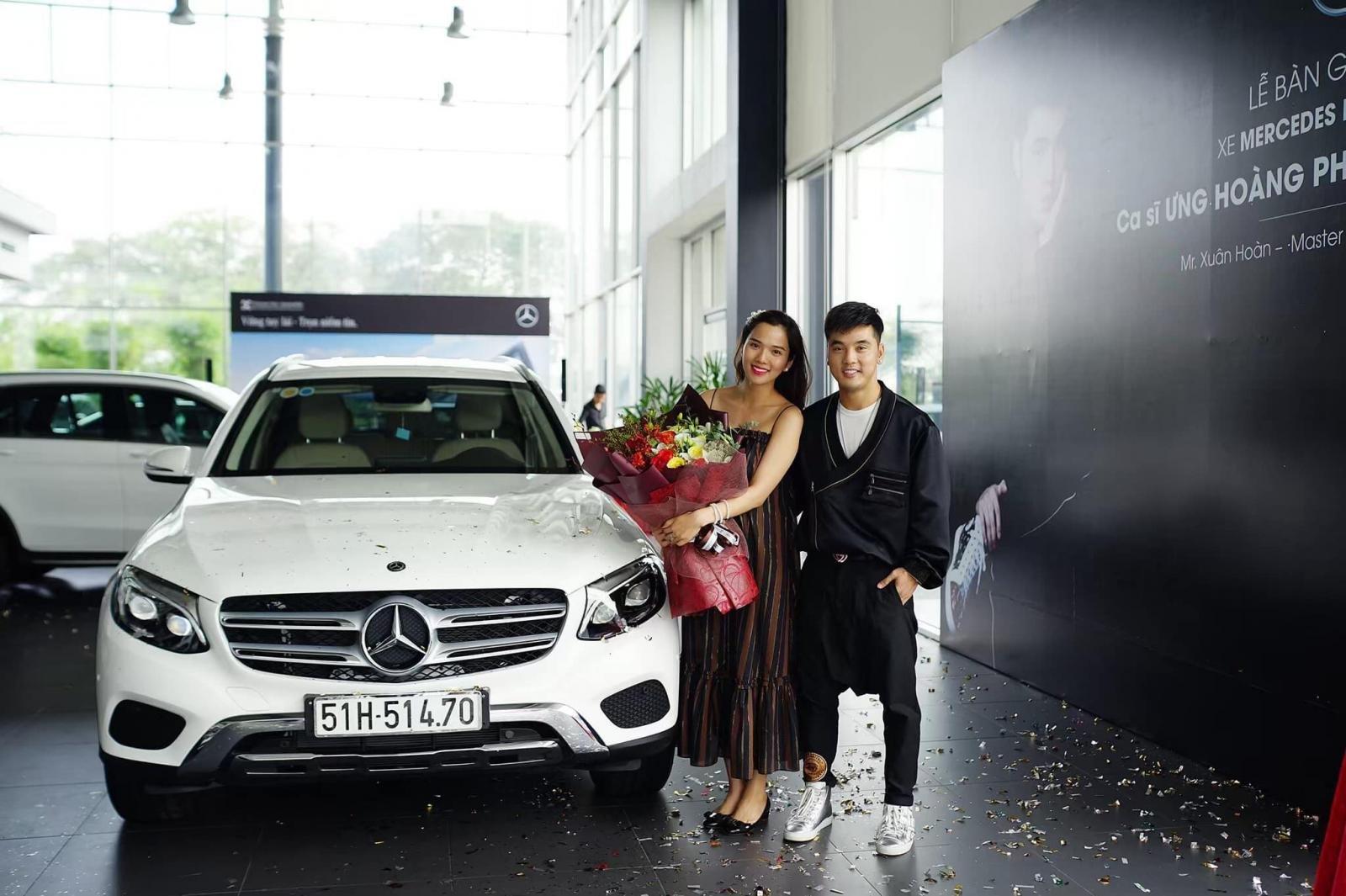 """Ưng Hoàng Phúc tậu Mercedes-Benz GLC 250 4Matic """"nịnh vợ"""" a2"""