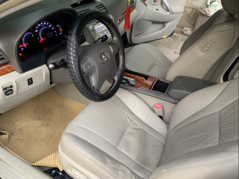 Bán Toyota Camry năm sản xuất 2010, màu đen giá cạnh tranh-1