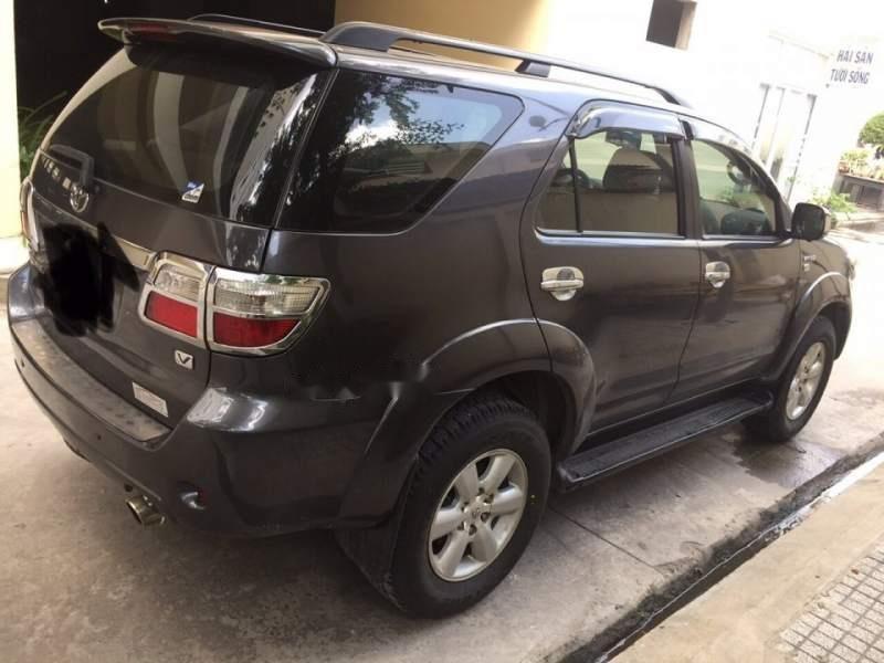 Bán Toyota Fortuner 2.7AT đời 2010, màu đen, chính chủ  (1)