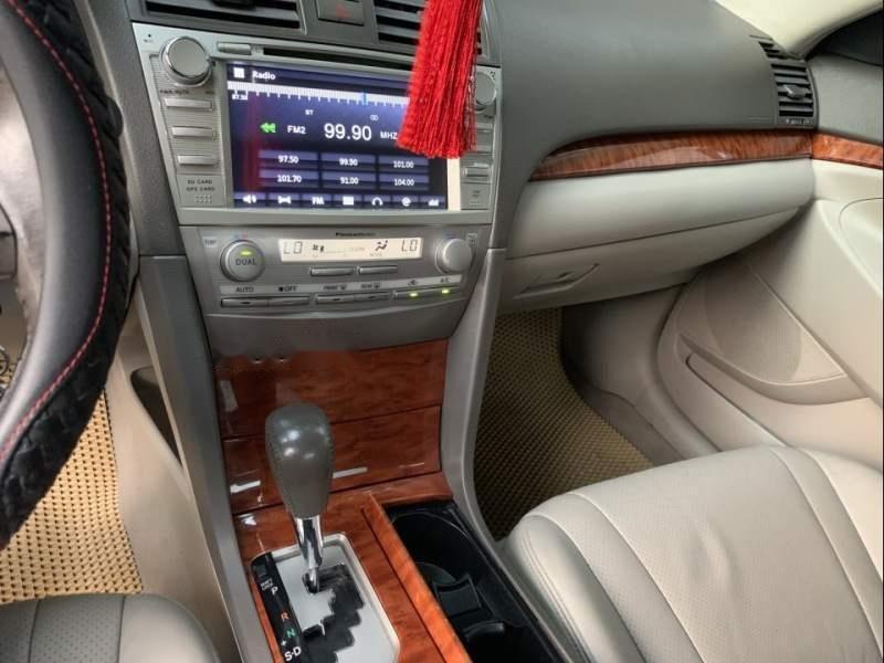 Bán Toyota Camry năm sản xuất 2010, màu đen giá cạnh tranh-3