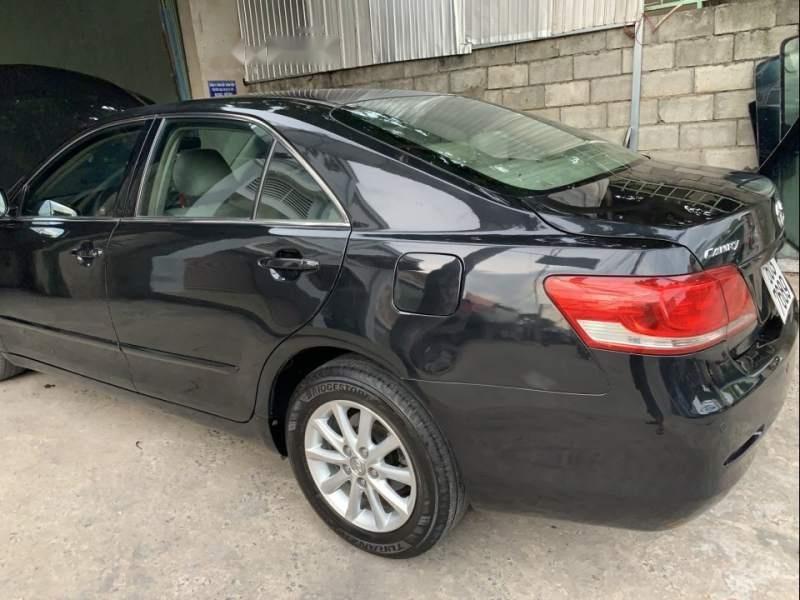 Bán Toyota Camry năm sản xuất 2010, màu đen giá cạnh tranh-0
