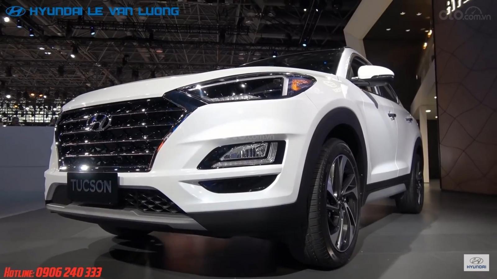 Bán Hyundai Tucson Facelift đời 2019, màu trắng-4