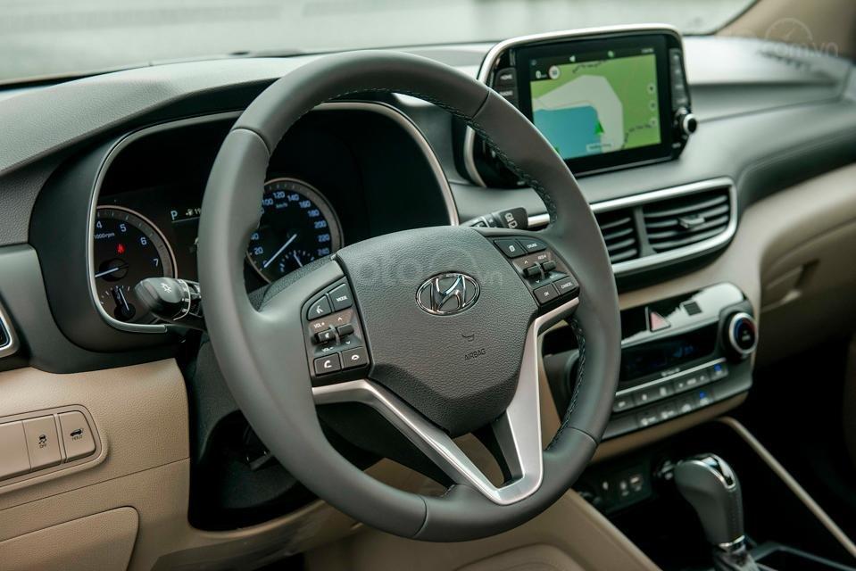 Hyundai Sơn Trà Đà Nẵng cần bán xe Hyundai Tucson new 2019, màu trắng-6